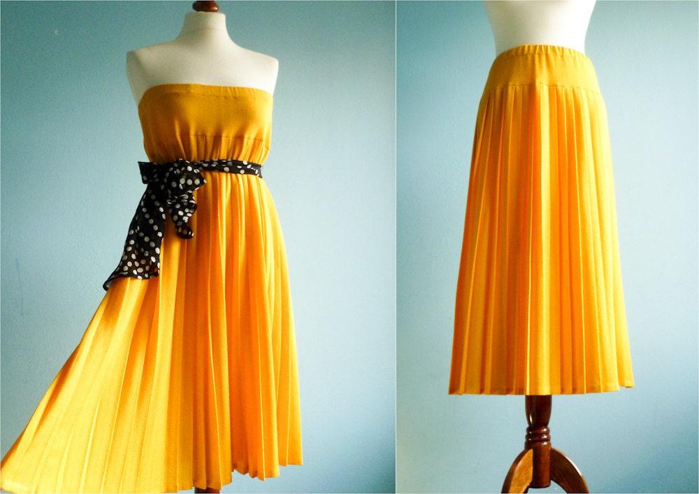 vintage maxi skirt bright yellow pleated pleats summer