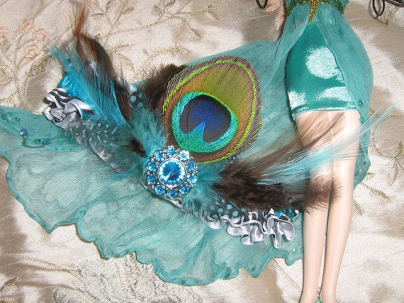 Bridal Garter in Turquoise Teal Blue & Damask with Removable Peacock Feather Hair Clip, Prom Garter Wedding Clearance