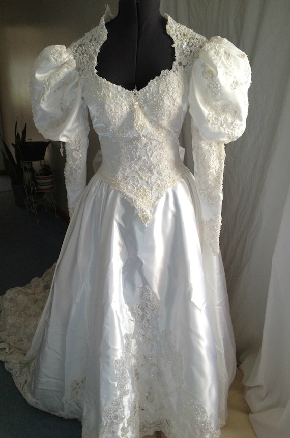 1980s Wedding Dress Victorian Long Sleeved Princess Di