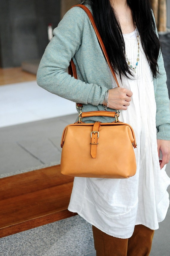 Artemis Leatherware Hand Stitched Leather Doctor Bag/ Carry on Bag(reserved for HK)