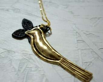 The cute bird necklace