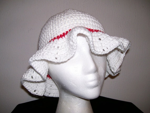 White Floppy Brimmed Cotton Crochet Hat         FREE SHIPPING in US