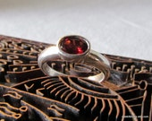 Vintage, Fiery Red, Faceted Oval Garnet, 925 Silver Ring, Size: 8 3/4