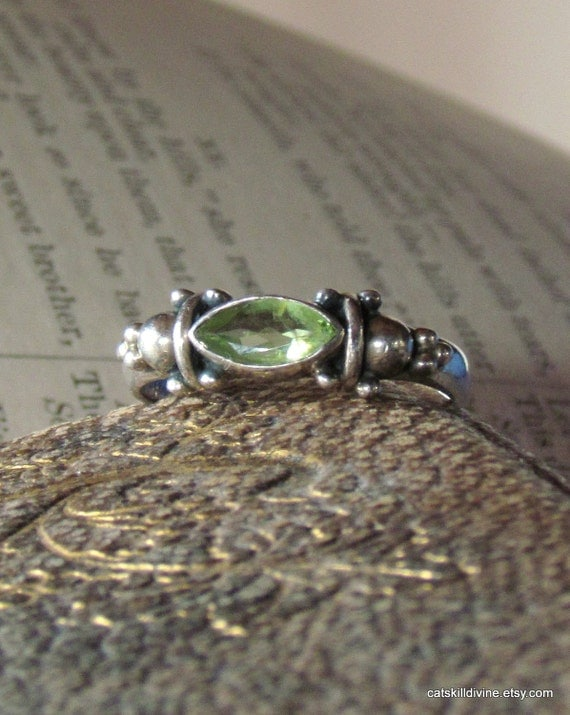 Vintage, Silver, Green Marquise, Ring, Size: 8