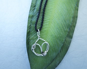 Large Twisted Heart Pendant PE52