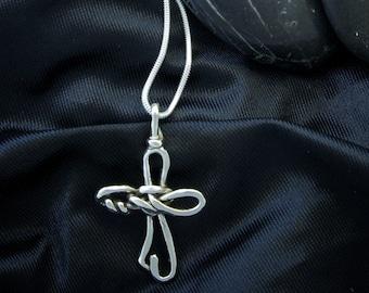 Twisted Loop Cross Pendant PE59