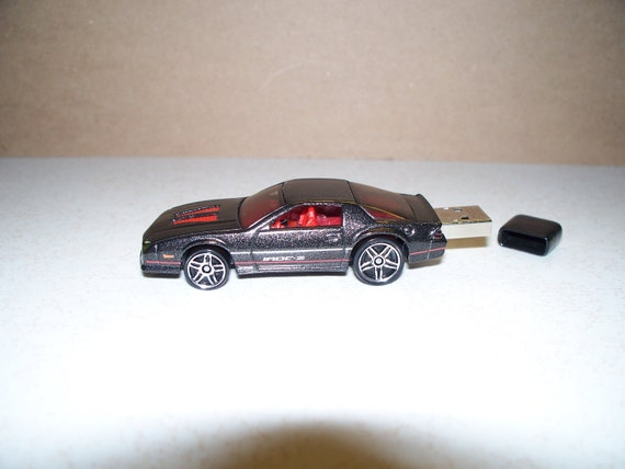 4gb 1985 Black CAMARO Flash Drive Car USB Chevy IROC Z pen drive car - Retro 80's - Free cap, cable, apps. Special