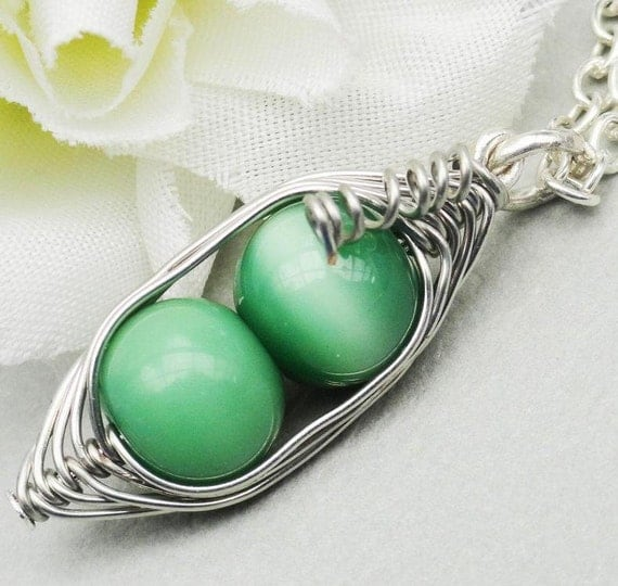 Two Peas In A Pod Silver Necklace 2, 3 Or 4 Peas. Ideal For Friends Family Or Mothers