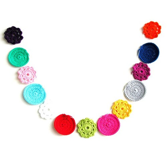 Flower Dot Garland