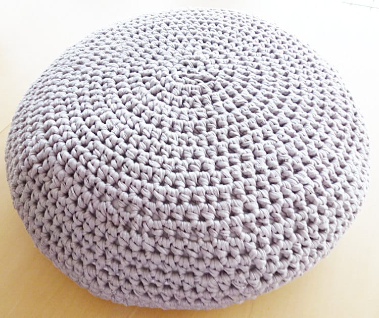 large crochet pouf ottoman floor cushion pdf by annemariesbreiblog. Black Bedroom Furniture Sets. Home Design Ideas