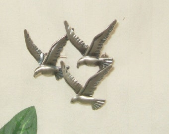 Vintage Beau sterling seagull brooch 1960's sterling silver brooch signed bird jewelry seagull Johnathan Livingston Seagull beach wedding