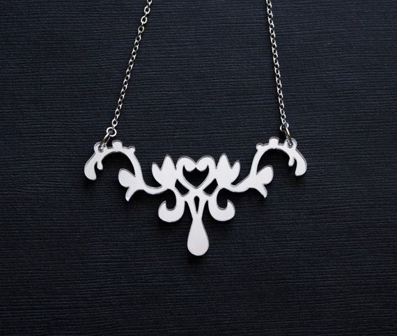 Lace Necklace - Silvery Mirror