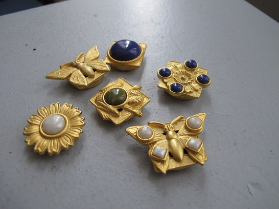 vintage button covers - gold tone butterfly flower blooms and gems