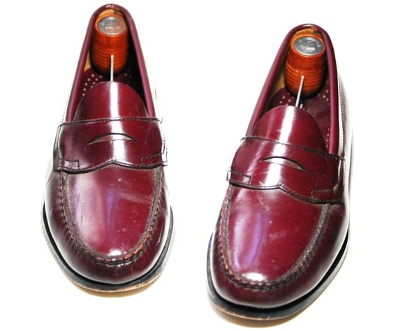 Mens US 8  Slip On Leather Bass Weejuns/Loafers