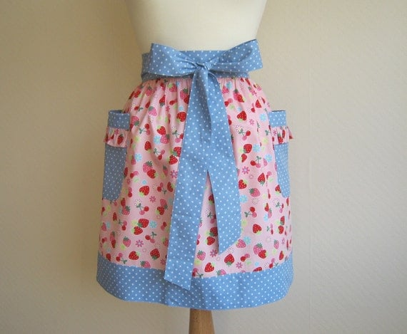 Retro apron, strawberry and cherry pattern on a pink fabric, 1950s inspired half apron.