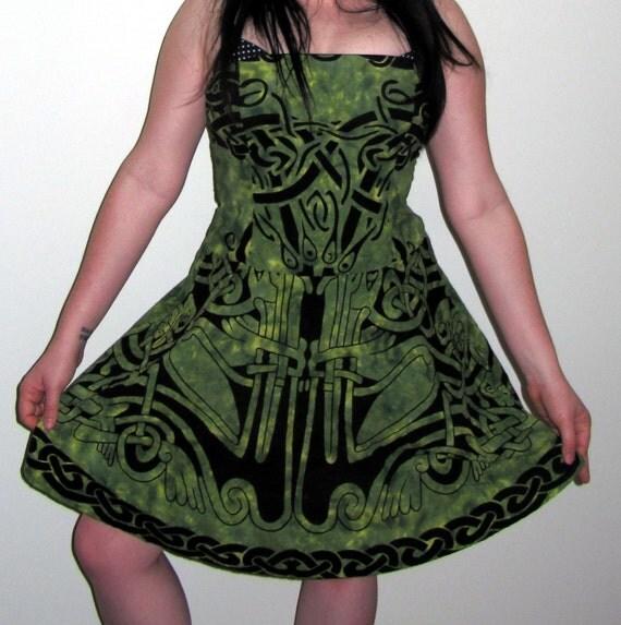 Kells Dress Green with Celtic Knots
