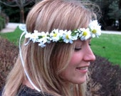 Daisy Flower Crown If your going to San Fransisco, wear Flowers in your Hair EDC Bridal party accessories Hippie Hair Wreath Music Festivals
