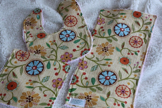 SALE- Floral 3 Piece Bib, Burp Cloth, And Wash Cloth Set