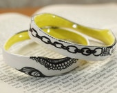 Modern Painted Chain and Lace Ceramic Bracelet in White, Citron and Black.