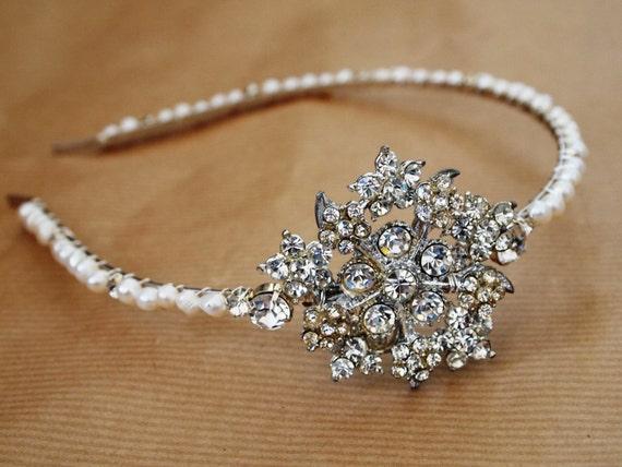 Reserved, headdress, bracelet and necklace with swarovski pearls (Vintage HB No.16)