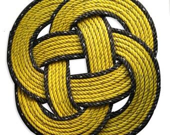 Bumblebee Black & Yellow Round Rope Mat UP-cycled Doormat Nautical Beach Decor Alaska Crab Line RE-purposed