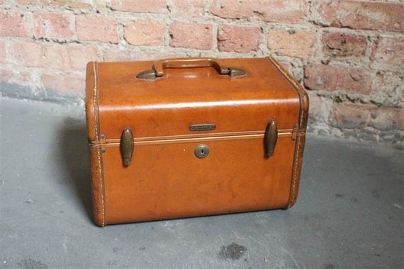 1940's Camel Tone, Carry On Suitcase