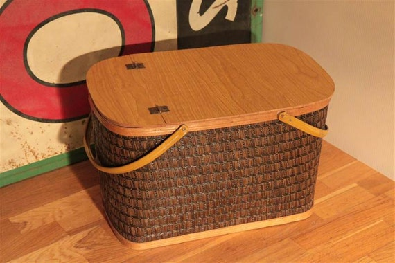 Picnic Basket Business : Vintage hawkeye woven picnic basket with by circacollectibles