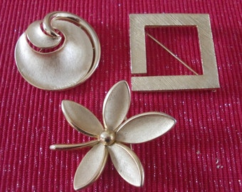 Set of 3 Vintage Costume Gold Pins / Brooches Crown Trifari , Hobe'