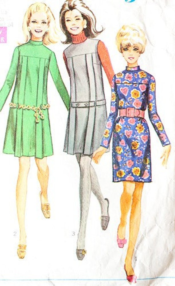 Simplicity 7752 - misses pleated dress or jumper, 1968