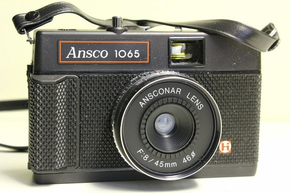 Vintage Ansco 1065 classic 35mm Toy Camera