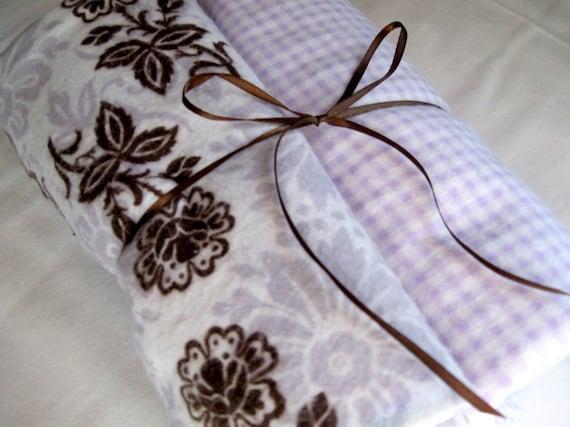 X- Large Receiving Blankets Pair Pale Violet Floral
