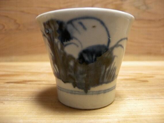Antique cup 1104, blue and white Imari, Edo