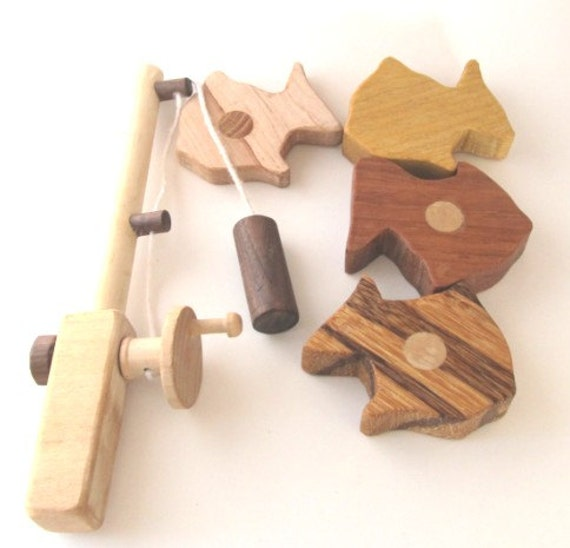 Wooden toy fish play set natural colorful for Fishing toy set