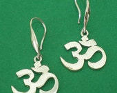 925 Silver Om Hoop Earring - Sterling Namaste Yoga Ohm Jewelry Om Ohm Hindu Chakra