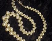Vintage Pearl and Gold Necklace - N-085 - Pearl Necklace - Gold Necklace