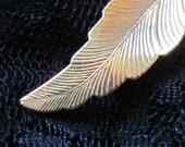 Vintage Feather Design Golden Brooch
