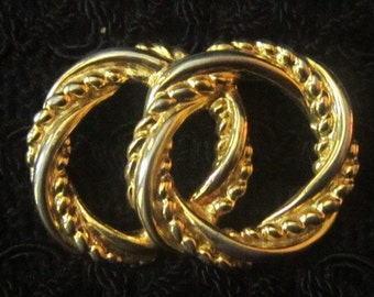Vintage Intertwined Circles Brooch