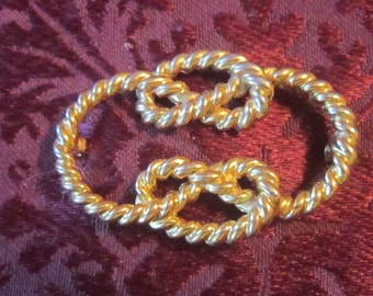 Vintage Gold Rope Brooch