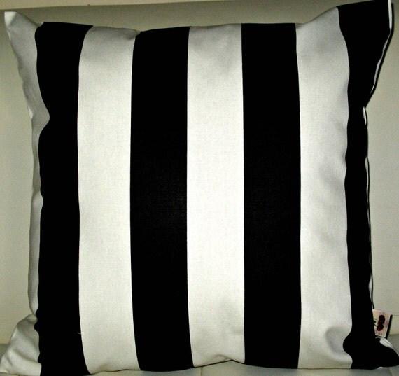 "Free US shipping Elegant Designer 18x18 Pillow Cover Prints Cotton  Black/White  ""Verity"" fabric zipper closure"