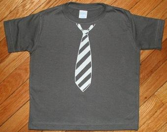Fancy PantsTie T Shirt in Charcoal