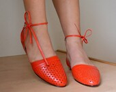 ON SALE Vintage 80s Strappy Flats Retro Orange Patent Leather Pointed Toe Slingbacks Womens 6 B