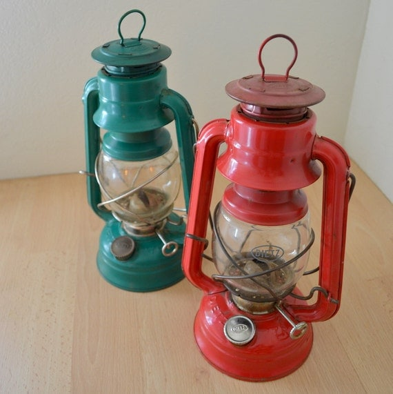 Vintage 1970s Deitz Camping Hanging Oil Lanterns - Set of 2 - Red & Green Rustic Industrial Home Decor
