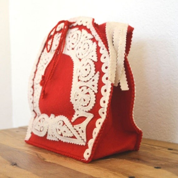 Vintage Hungarian Handcrafted Red and White Felt Handbag
