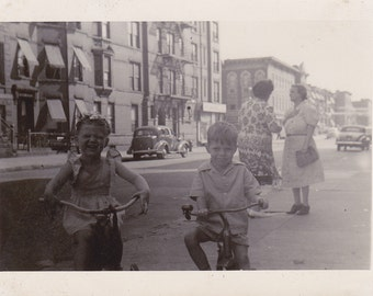 VTG B&W Photo of Joyous Children and their Gossiping Grandma