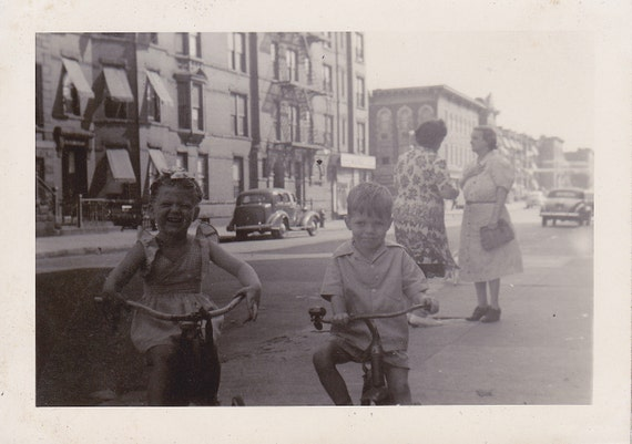 VTG B&W Photo of Joyous Children and their Gossiping Grandma