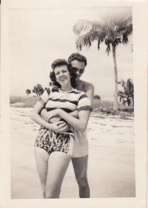 VTG B&W Photo of Couple Hugging on the Beach