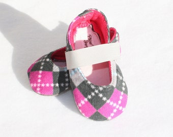 PINK ARGYLE-Gray and Pink Corduroy Mary Jane Baby Girl Booties