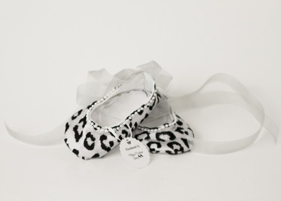 SNOW LEOPARD-Grey, Black, White, Silver, Pearl Ballet Flat Baby Girl Bootie