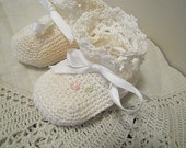 Vintage Hand Crocheted Baby Bootie Shoes or Vintage Doll Shoes