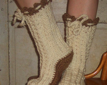 Crochet Pattern Boots--------- DELICIOUS CROCHET BOOTS-----make them in one day----for outdoor wear too